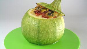 Zucchina ripiena vegetariana
