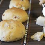 Ricetta panini farina di farro e salame piccante