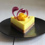 Cheesecake limoncello e curcuma - Madalina Pometescu - Ricette dolci e salate