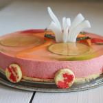Bavarese speziata alle fragole con aspic al moscato - Madalina Pometescu - Ricette dolci e salate