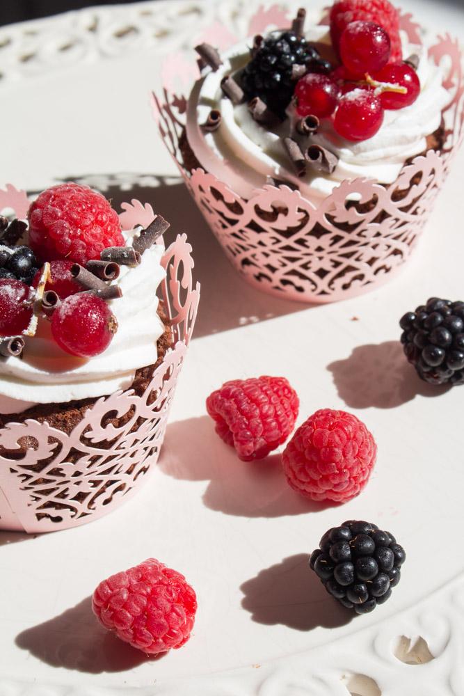 Muffin al cacao decorati